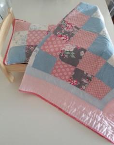 Patchwork Kız Bebek Battaniye Takımı