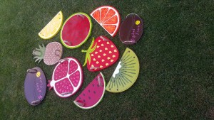 meyve dilimli tepsiler